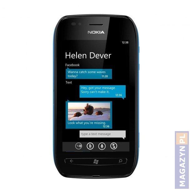 Nokia Lumia 800 Vs Nokia Lumia 900 Pictures to pin on Pinterest